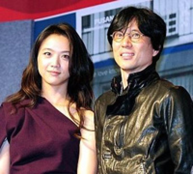 Tang Wei, left, and Kim Tae-yong