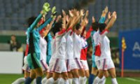 North beats South to make final in women's football