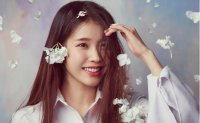 K-pop songstress IU dominates music charts with new, old songs