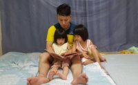 Number of Korean stay-at-home fathers hits new high in March