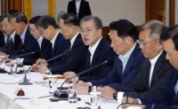 Companies burdened by President Moon's call for joint effort on Japan row