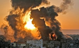 Fears of 'full-scale war' as Israel-Palestinian clashes kill 55