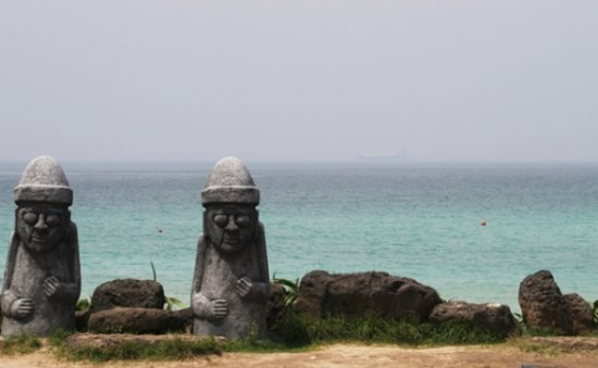 On Jeju, 'new settlers' feeling the pinch