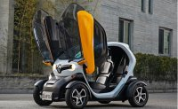 Renault Samsung's TWIZY becomes roadside eye-catcher