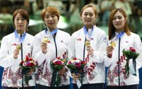 Fencers prove dominance once again