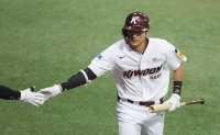 KBO's emerging slugger surprised with own power surge