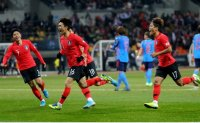 Korea defeats Japan, wins East Asia Cup