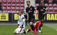 No fans and no protesters as Leipzig beats Mainz 5-0
