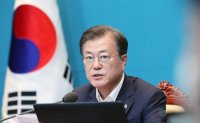 Moon says 'comfort women' campaign must go on despite scandal