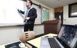 Teachers oppose April 6 school opening