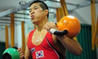 Olympic heroes hope to avenge prior failures