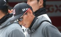 KBO's Wyverns suffer 10th straight loss behind shoddy defense, shaky bullpen