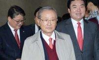 Former Finance Minister Kang passes away