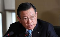 Ex-Kumho Asiana chief grilled over unfair inter-affiliate deals