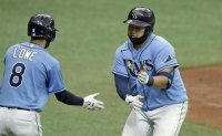 Rays' Choi Ji-man homers in 1st MLB game as right-handed batter