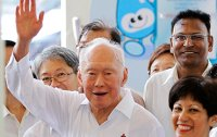 Singapore's first PM Lee Kuan Yew dies at 91