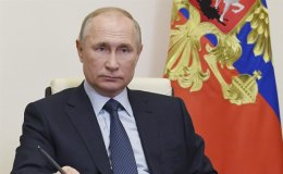 Putin opens COVID-19 drug plant as Russia reports daily record for cases, deaths