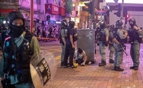 Hong Kong capital exodus forces Korean banks to initiate 'Plan B'
