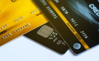 Overseas card spending dips by most in over decade in Q1 amid pandemic