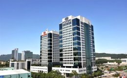 Moody's put Hyundai, Kia on downgrade review