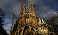 Spain: Unfinished Gaudi church gets permit after 137 years