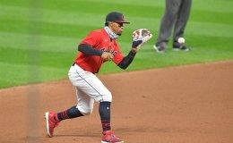 Santana's homer lifts Indians to win, brink of playoff berth