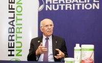 Nobel laureate shares tips for healthy diet, aging well