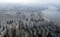 Expats rake in luxury houses in Seoul