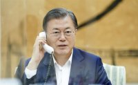 Moon making full efforts for trade minister Yoo Myung-hee's WTO chief election