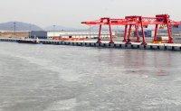 $2.2 billion Incheon canal, but few ships