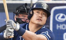 Choi Ji-man homers for Rays in Championship Series