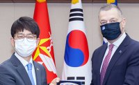 South Korea, Greece hold defense talks, vow to strengthen cooperation