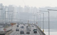 Court dismisses fine dust-related compensation lawsuit against Seoul, Beijing