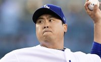 Ryu Hyun-jin named National League Pitcher of May
