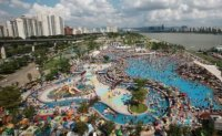 Seoul city officials in dilemma over public swimming pools, water parks