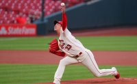 Efficient Kim Kwang-hyun puts on pitching clinic for Cardinals in 1st MLB victory