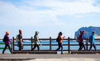 Jeju raises alarm over 'excessive' tourists during holiday