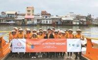 Hanwha Group helps combat river pollution in Vietnam