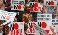 Anti-Abe protest picks up steam [PHOTOS]
