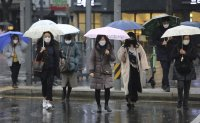 Gov't to restrict face mask exports