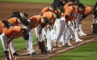Last-place KBO club demotes 10 players to minors