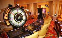 Police tracking down 3 suspects behind cash theft at Jeju casino