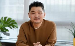 Kakao founder sells $447 million worth of stocks as part of donation pledge