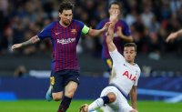 [FB INSIDE] Messi double helps Barca to beat Spurs