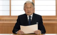 Japan emperor abdication rare, but could set precedent