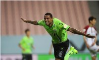 Two newcomers lead Jeonbuk's K League campaign
