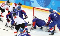 Men's hockey team in scoreless defeat against Switzerland