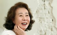 Oscar-nominee Youn Yuh-jung reaches career peak at age of 73