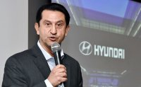 Hyundai seeks to 'steal customers' from Toyota, Honda in US