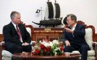 Last-minute breakthrough? Moon to meet Biegun at 11 a.m. to discuss North Korea